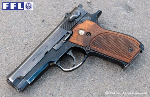 Smith & Wesson Model 39 9mm Pistol